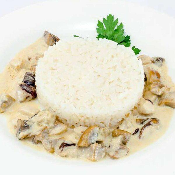 Рис с грибами в соусе 150 гр. Кафе-бар Черри Одинцово