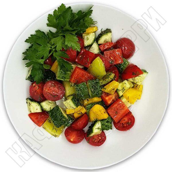 Салат «Из натуральных овощей» в кафе-баре Черри Одинцово