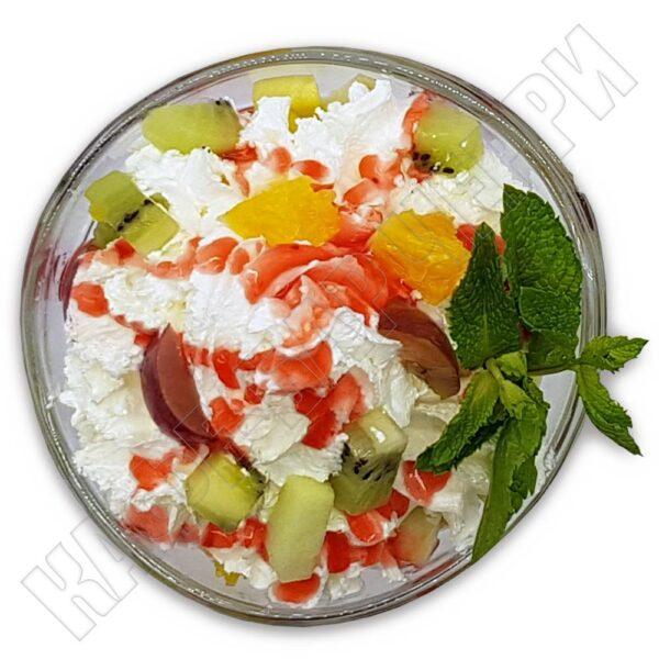 Десерты (фруктовый салат) в кафе баре Черри Одинцово